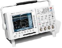 Цифровой запоминающий осциллограф с технологией «цифрового фосфора» TDS3014B