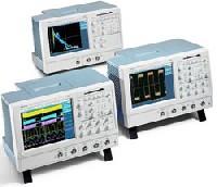 Цифровой запоминающий осциллограф с технологией «цифрового фосфора» TDS5054
